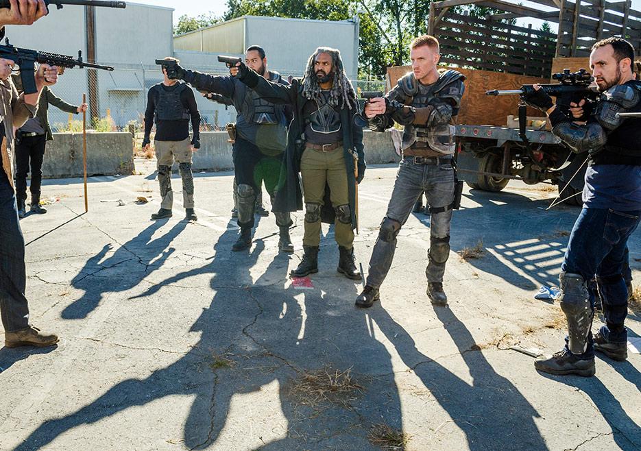 The Walking Dead: Ezekiel affronta i Salvatori in Bury Me Here