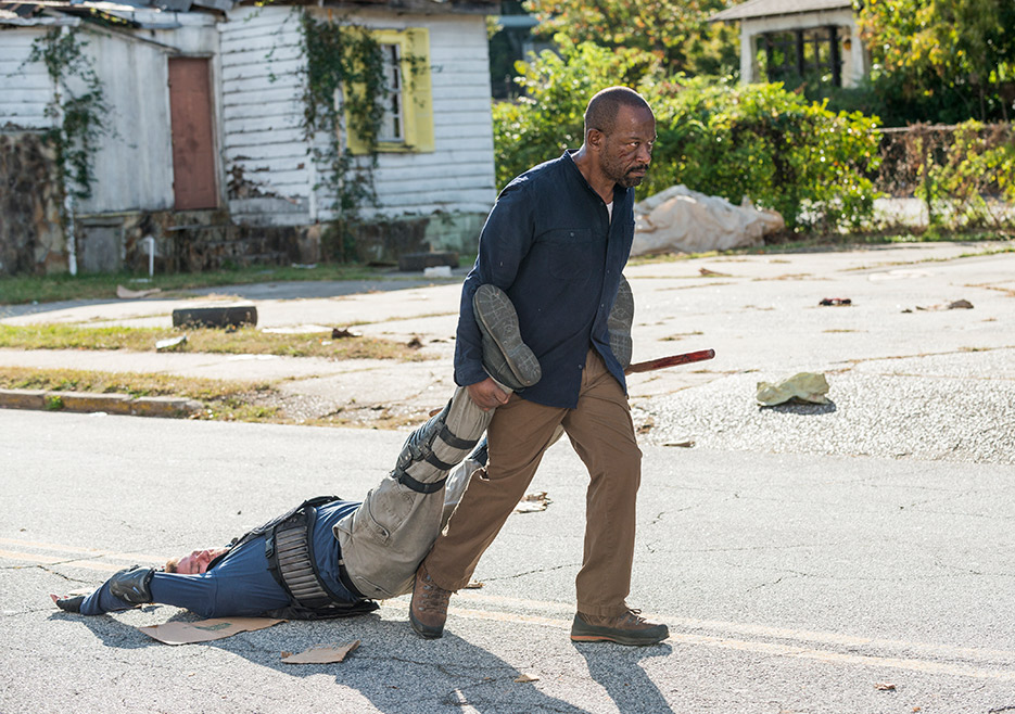 The Walking Dead: Lennie James nell'episodio Bury Me Here