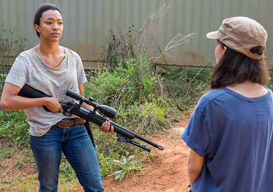 The Walking Dead: l'attrice Sonequa Martin-Green in The Other Side