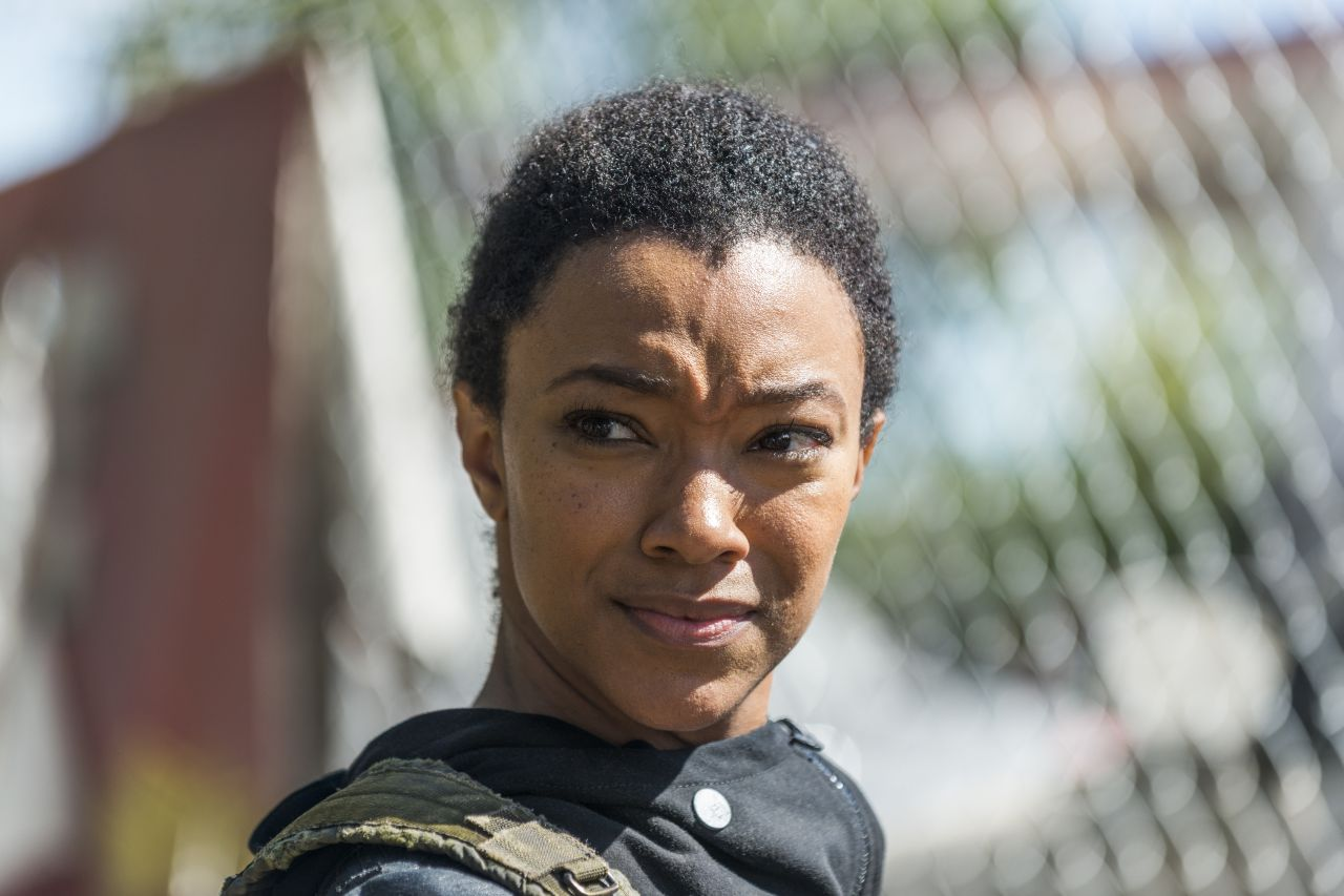 The Walking Dead: l'attrice Sonequa Martin Green in The Other Side