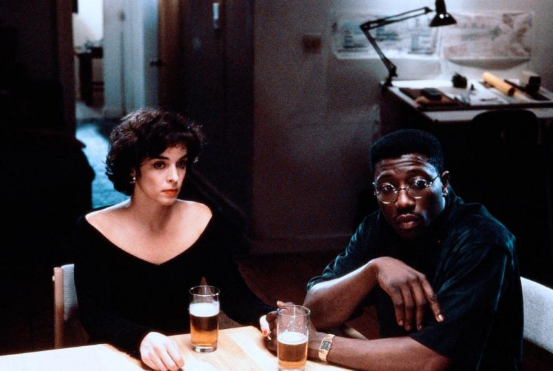 Jungle Fever: Wesley Snipes e Annabella Sciorra in una scena