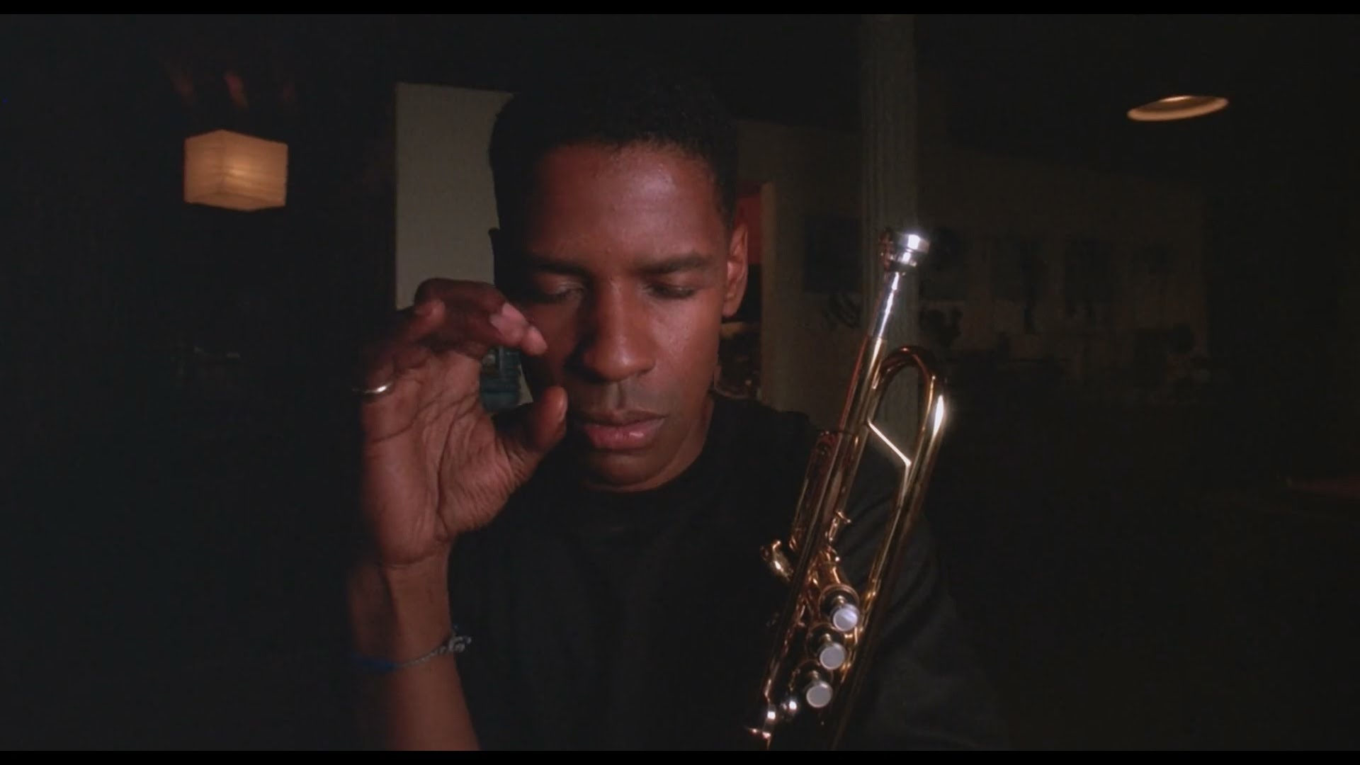 Mo' Better Blues: un primo piano di Denzel Washington