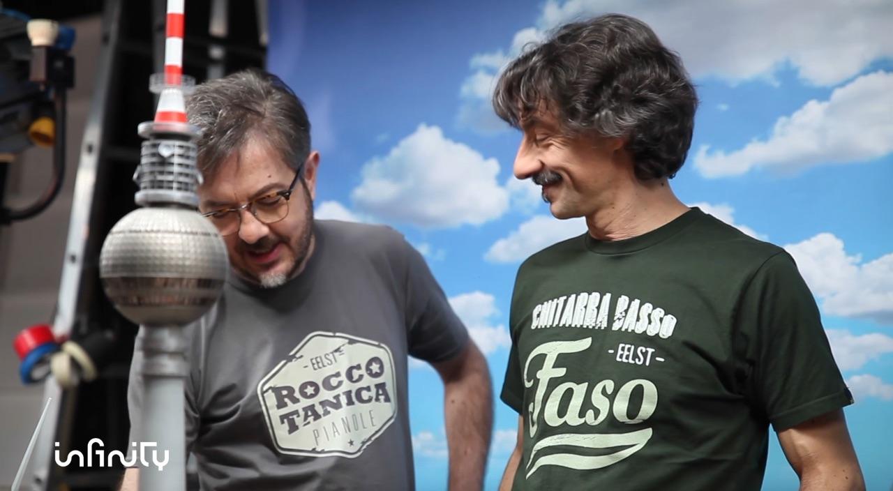 Elio e le Storie Tese, Rocco Tanica e Faso nelle foto del backstage dei video per Mediaset Infinity