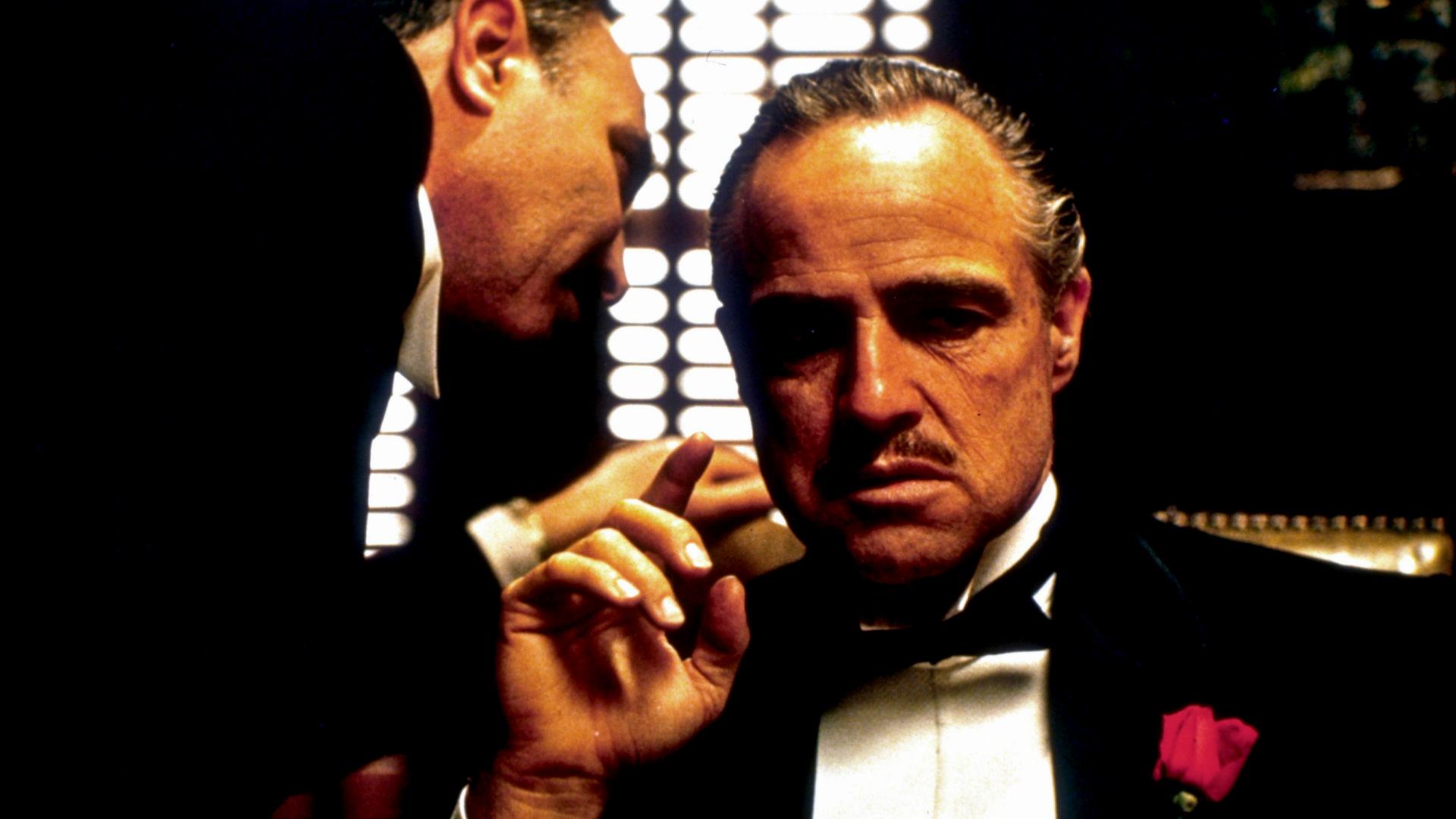 Il Padrino: Marlon Brando in una sequenza del film