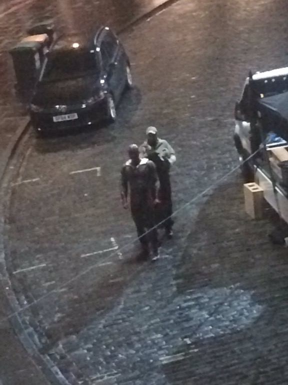 Avengers: Infinity War, Paul Bettany a sorpresa sul set di Edimburgo