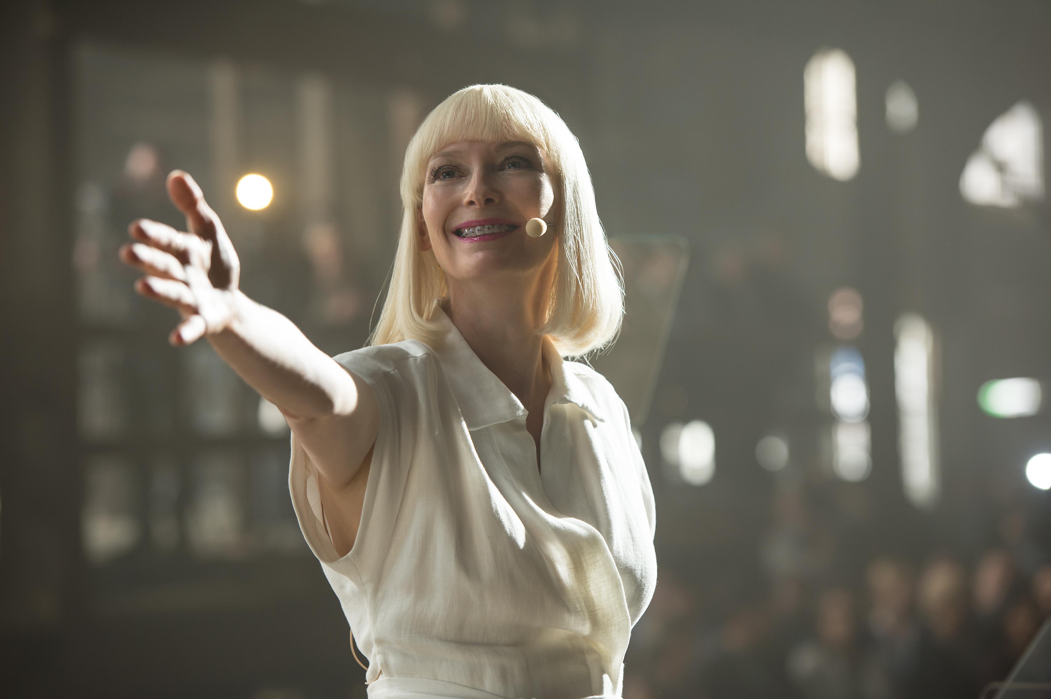 Okja: Tilda Swinton in una foto del film