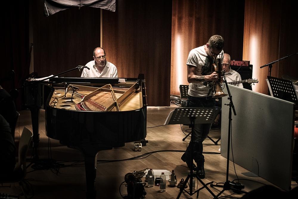 Piani paralleli: Giovanni Mazzarino in un'immagine del documentario