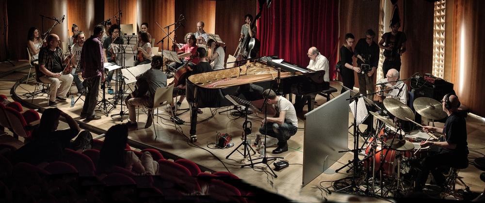 Piani paralleli: un'immagine del documentario