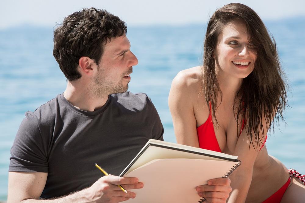 Le verità: Francesco Montanari e Anna Safroncik in una scena del film
