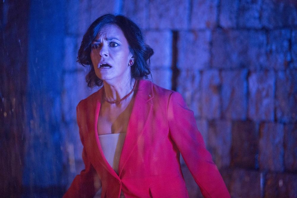 Le verità: Maria Grazia Cucinotta in una scena del film