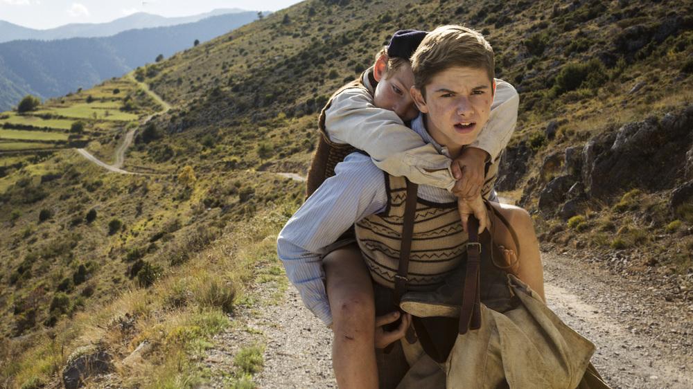 Un sacchetto di biglie: Dorian Le Clech e Batyste Fleurial in una scena del film
