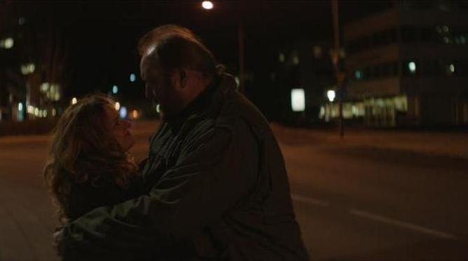 Virgin Mountain: Gunnar Jónsson e Ilmur Kristjánsdóttir in una scena del film