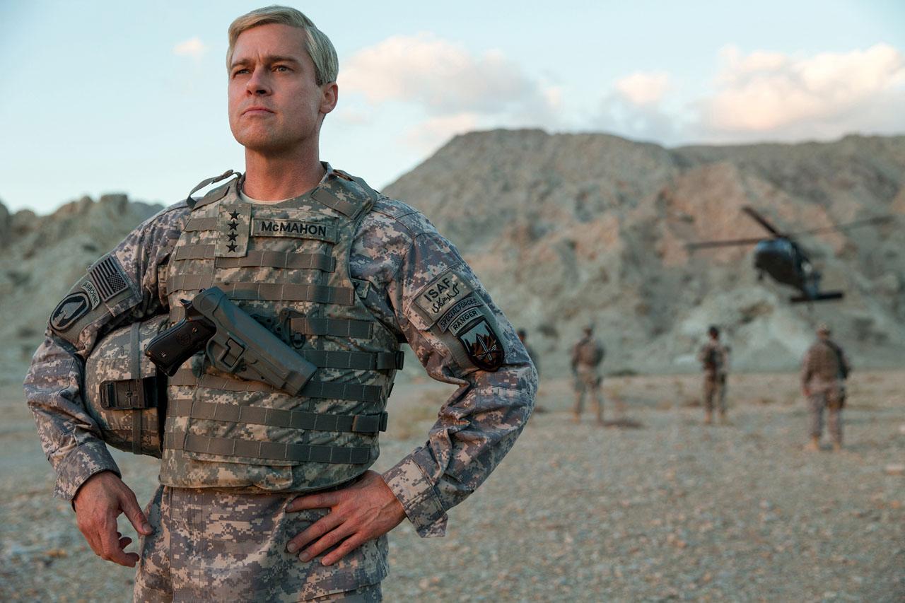 War Machine: Brad Pitt in una foto del film Netflix