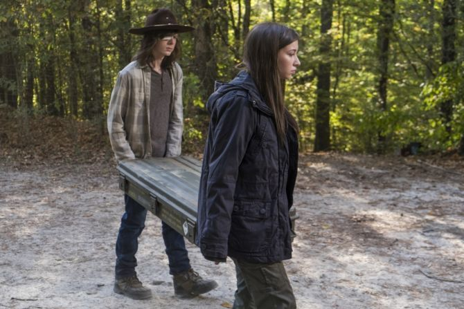 The Walking Dead: Chandler Riggs nell'episodio The First Day of the Rest of Your Life