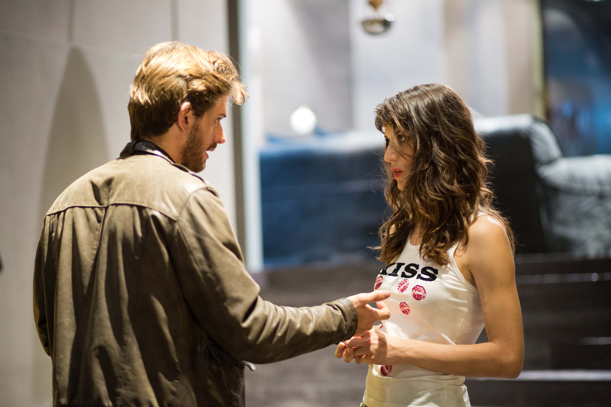 Acqua di marzo: Rossella D'Andrea e Roberto Caccioppoli in un momento del film