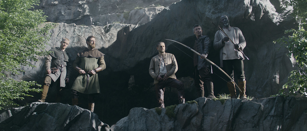 King Arthur: Legend of the Sword - Una foto dei protagonisti