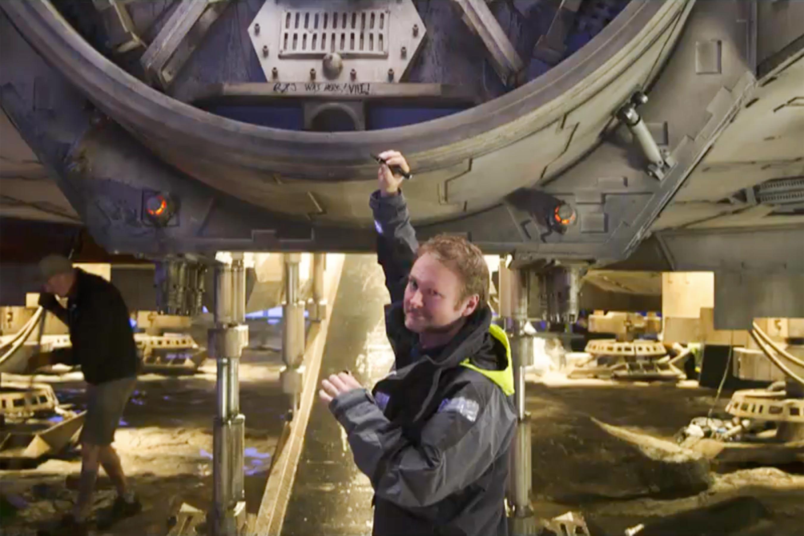 Star Wars: Gli ultimi Jedi - Il regista Rian Johnson sul set