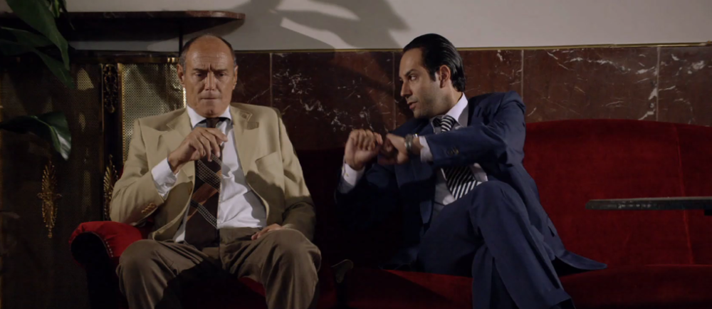 Il mondo di mezzo: Matteo Branciamore e Massimo Bonetti in un momento del film