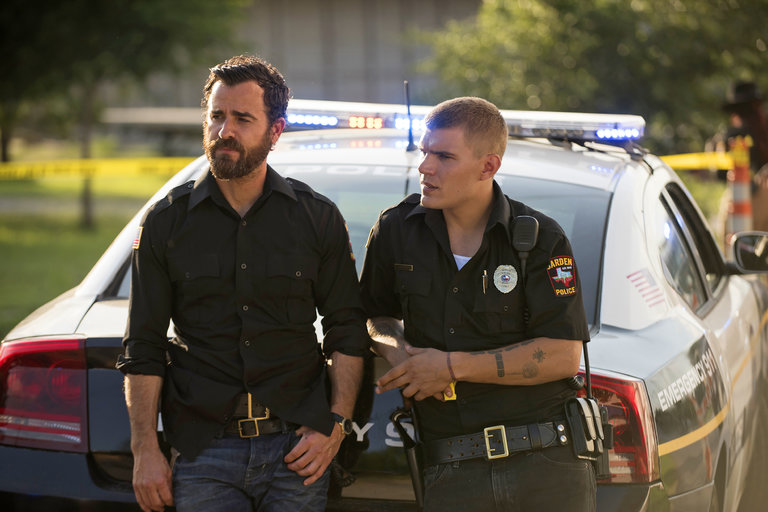 The Leftovers: Justin Theroux e Chris Zylka in una foto di The Book of Kevin