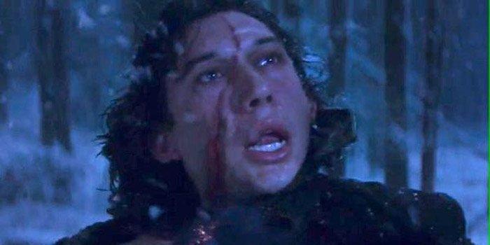 Star Wars: il risveglio della forza, la cicatrice sul volto di Adam Driver