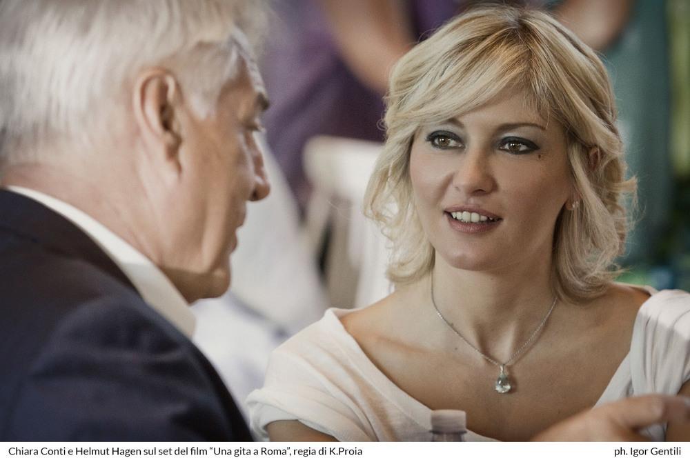 Una gita a Roma: Chiara Conti ed Helmut Hagen sul set del film