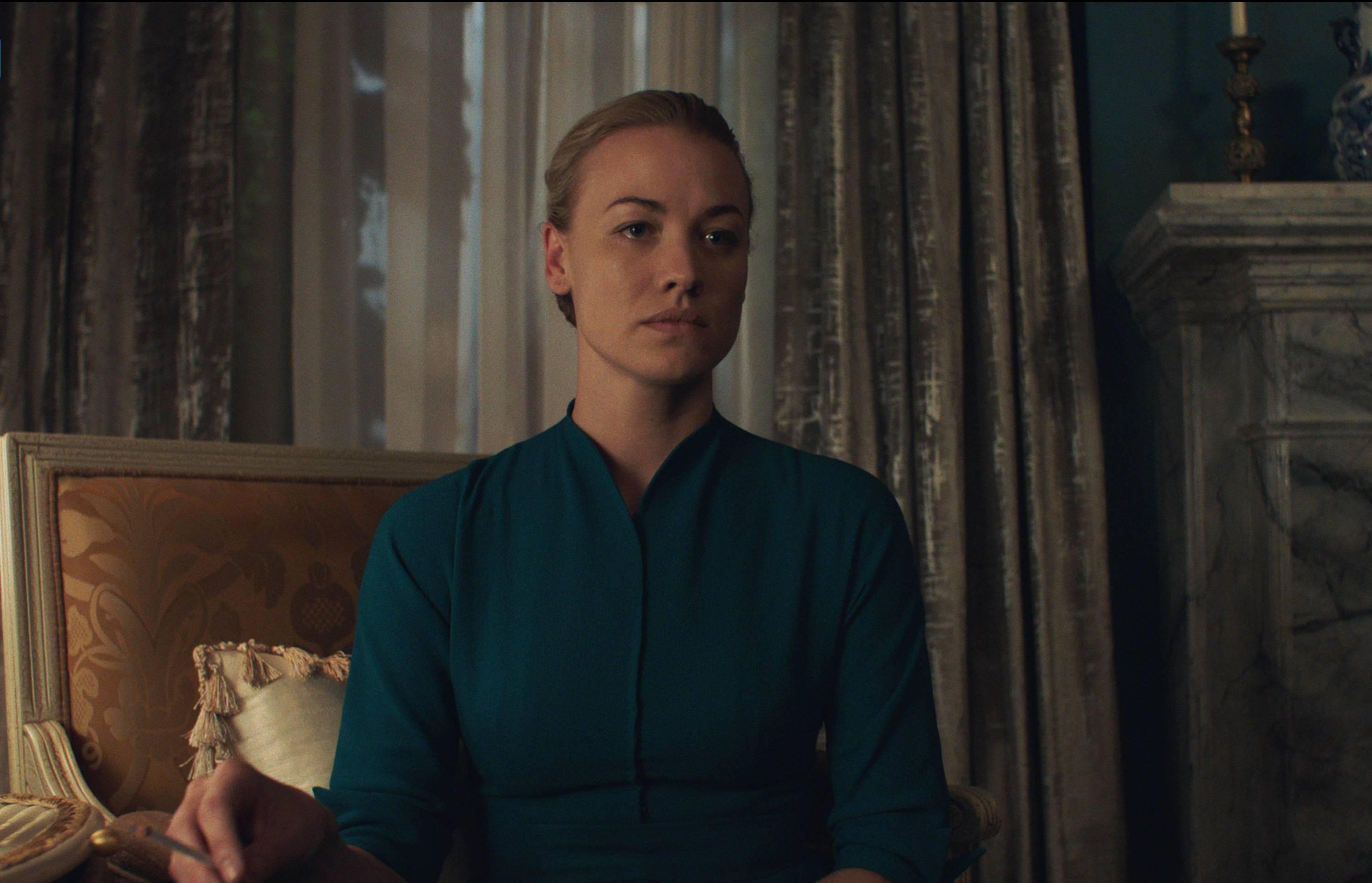 The Handmaid's Tale: un'immagine dell'episodio Offred
