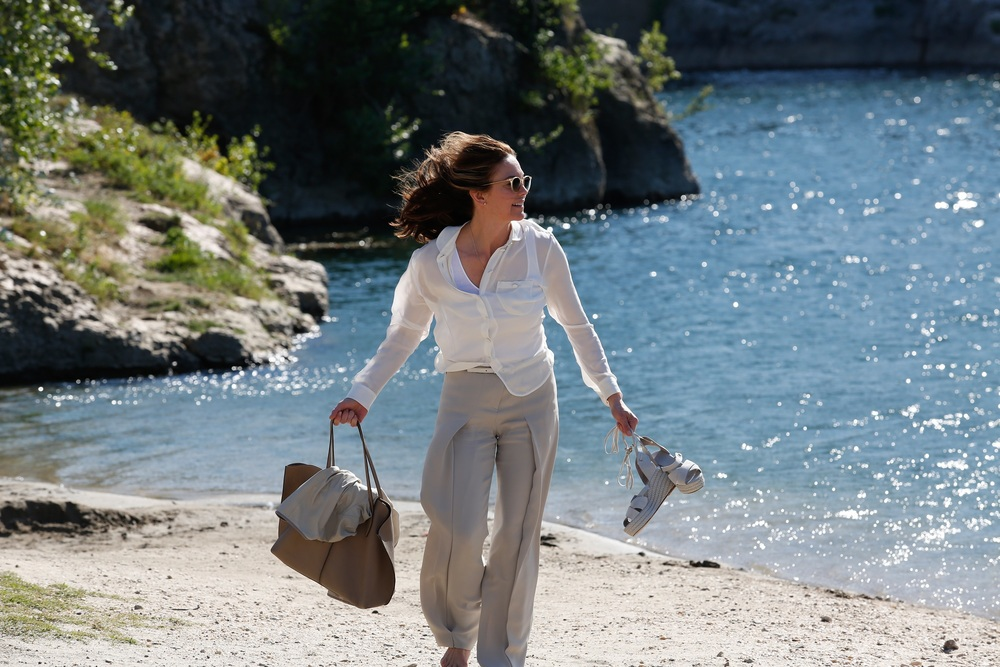 Paris Can Wait: Diane Lane in una scena del film