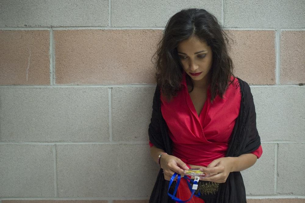 Taranta on the Road: Nabiha Akkari in un momento del film