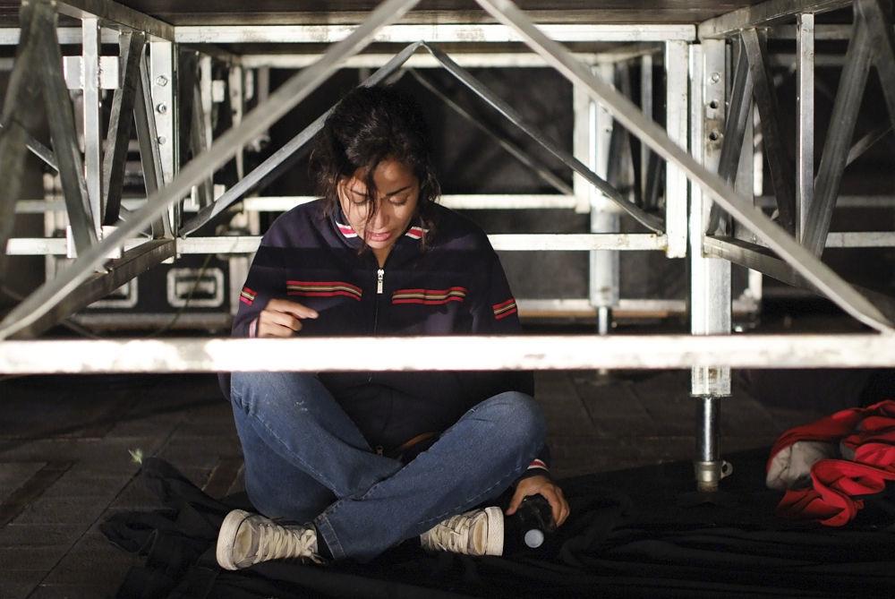 Taranta on the Road: Nabiha Akkari in una scena del film