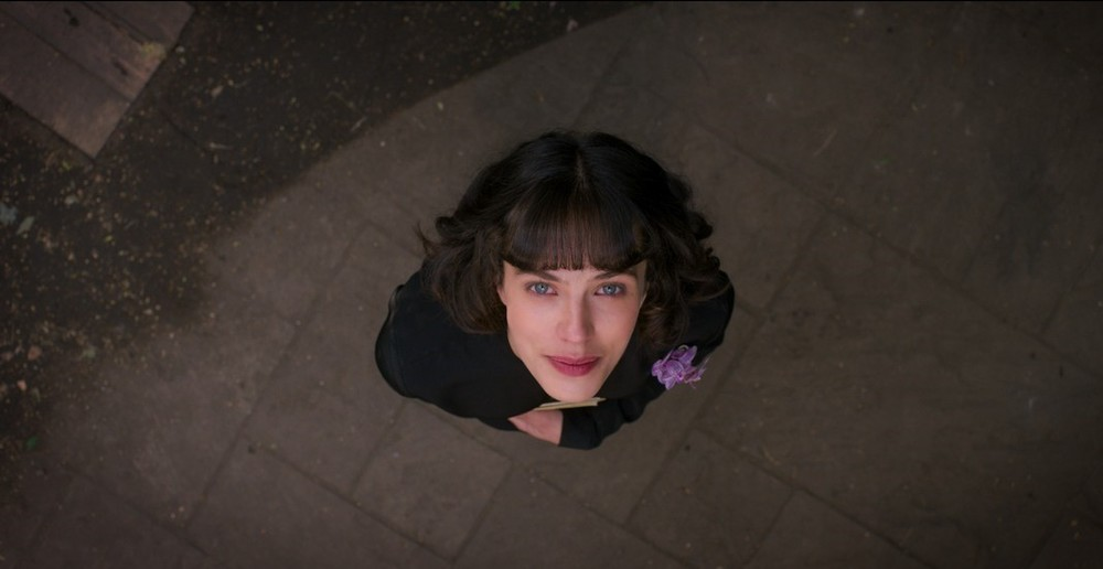 This Beautiful Fantastic: Jessica Brown Findlay in una scena del film