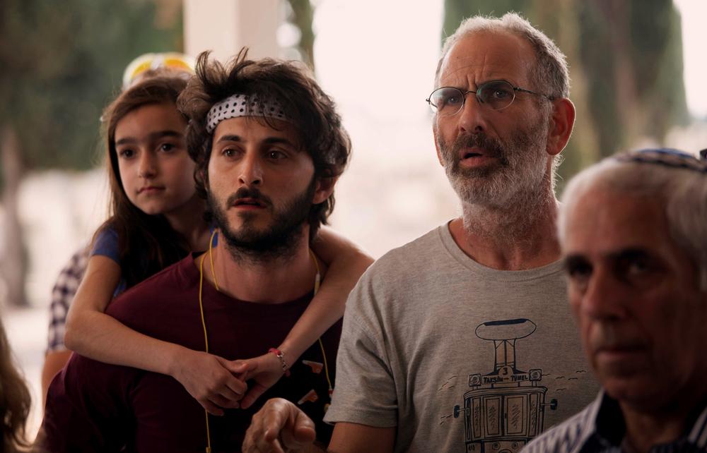 Una settimana e un giorno: Shai Avivi e Tomer Kapon in un momento del film