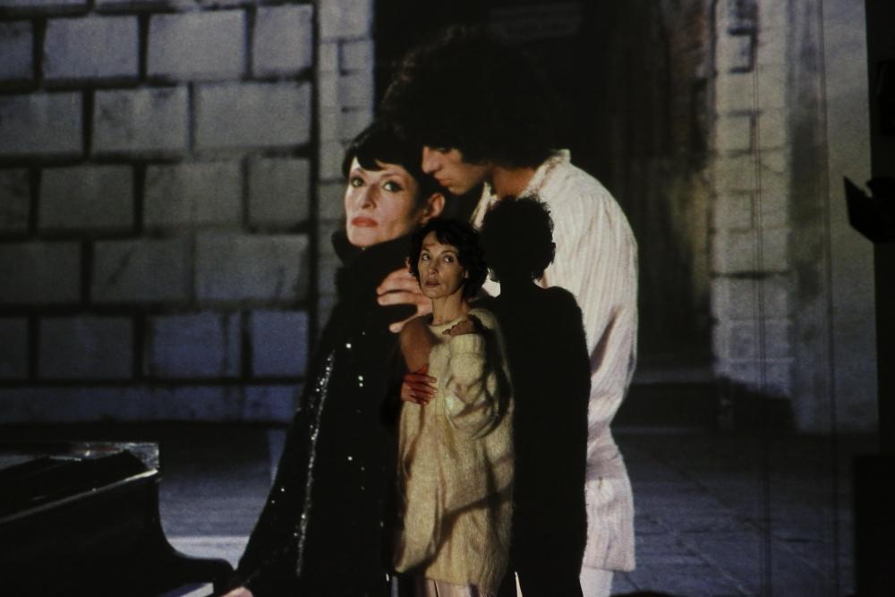 Barbara: Jeanne Balibar in una scena