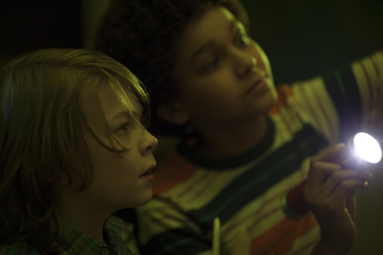 Wonderstruck: i due piccoli protagonisti del film in una scena