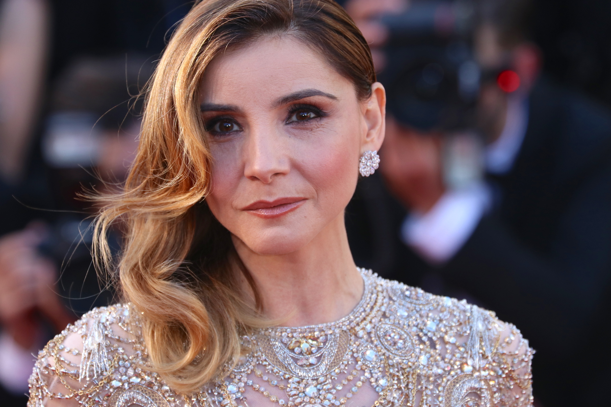 Cannes 2017: Clotilde Courau sul red carpet inaugurale