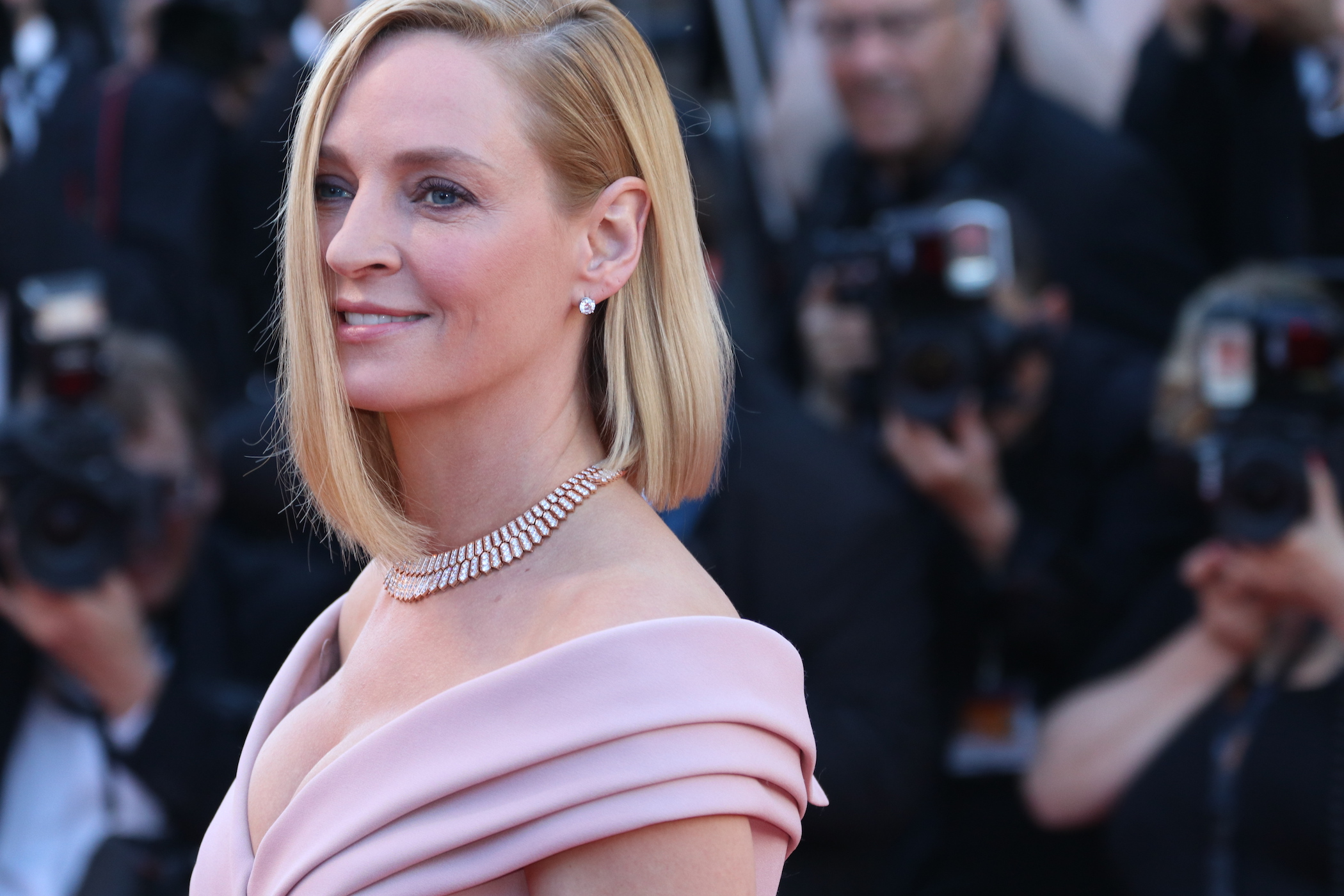 Cannes 2017: Uma Thurman sul red carpet inaugurale