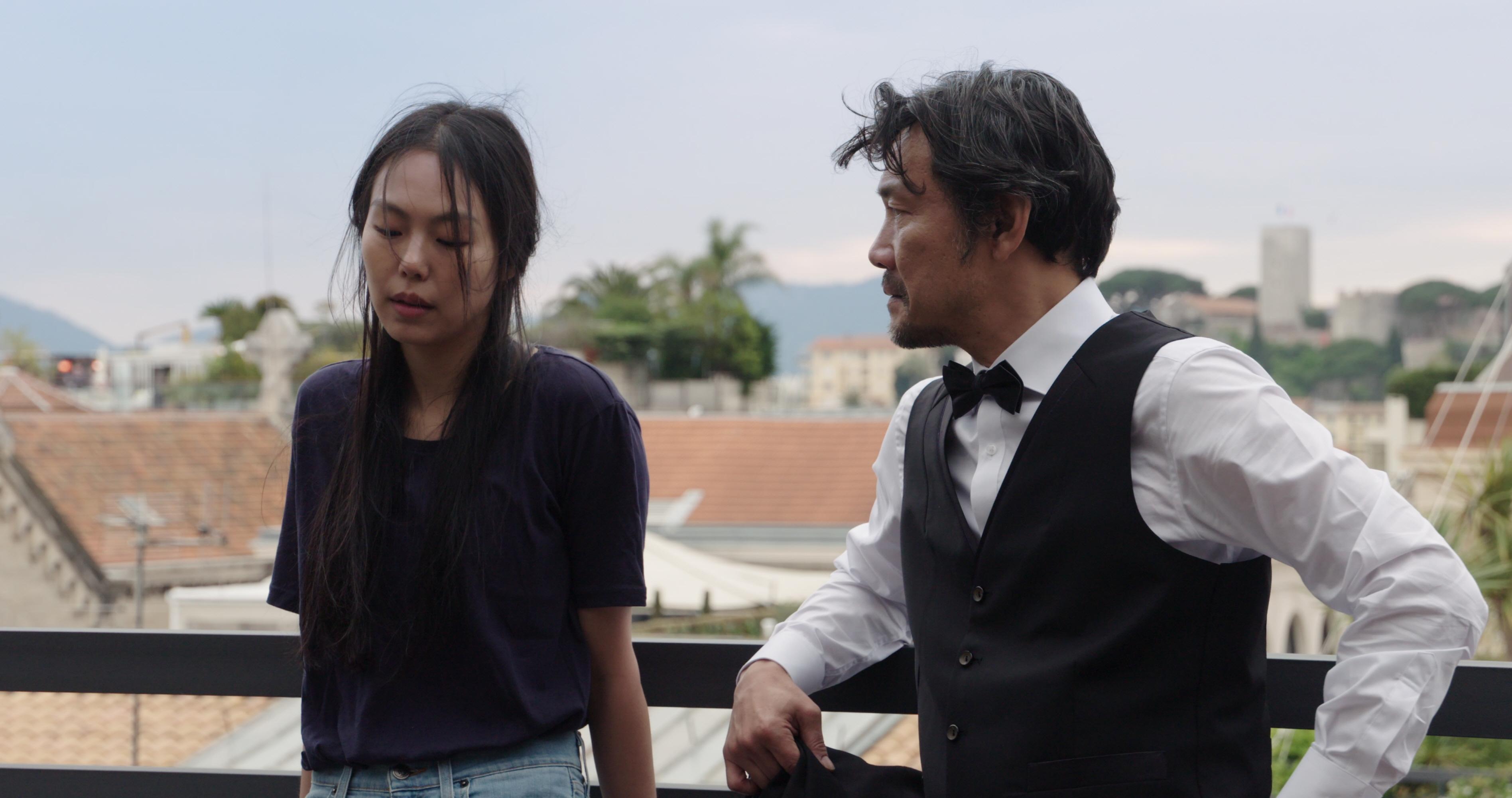 Claire's Camera: Kim Min-hee in una scena