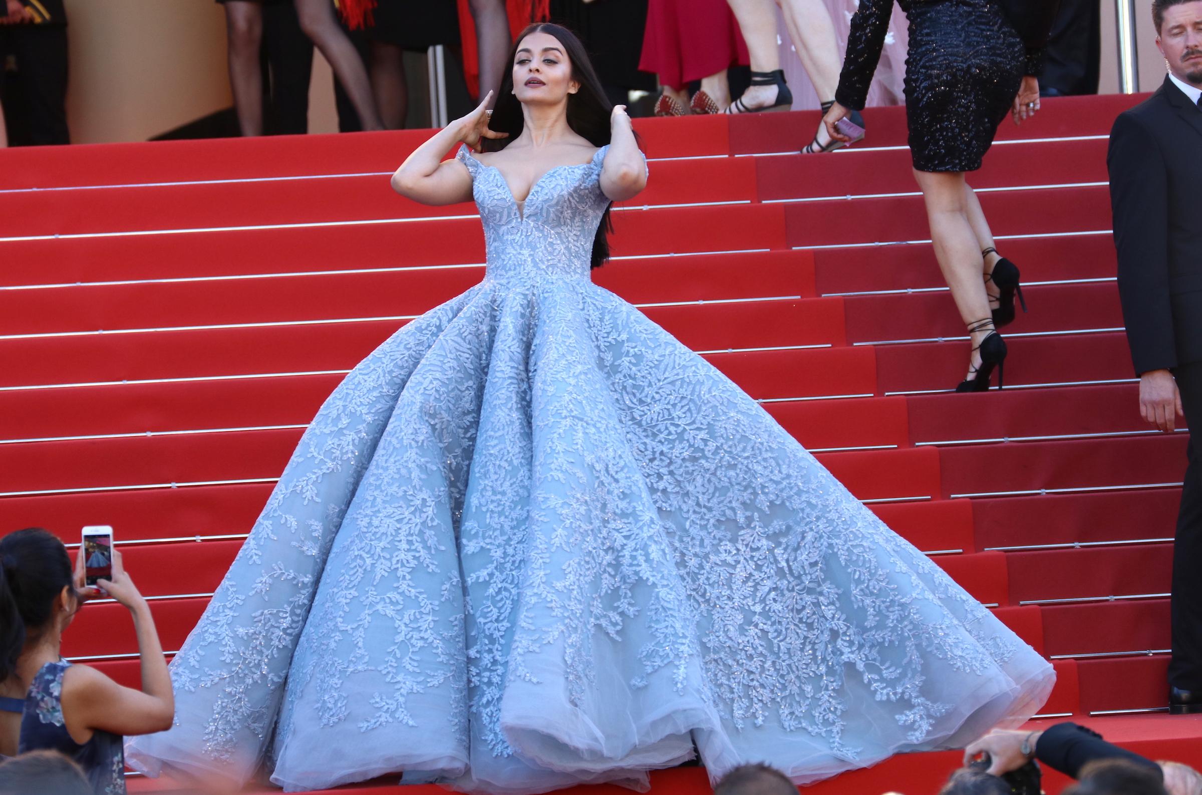 Cannes 2017: Aishwarya Rai Bachchan sul red carpet di Okja