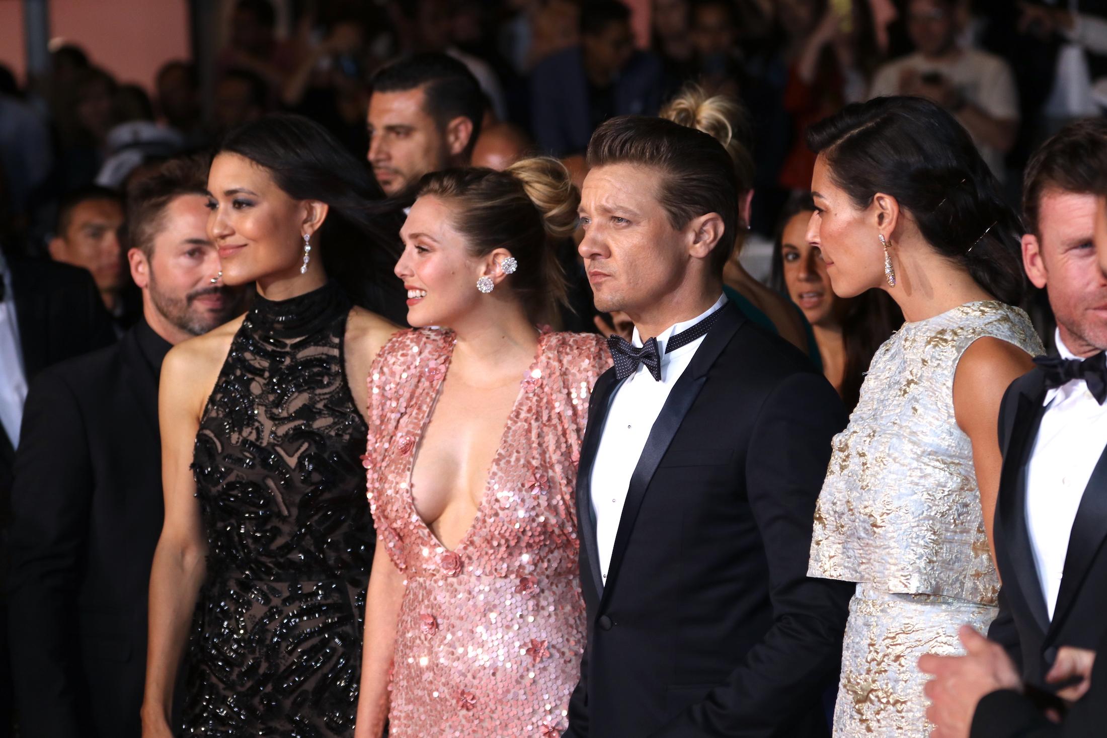 Cannes 2017: il cast sul red carpet per Wind River