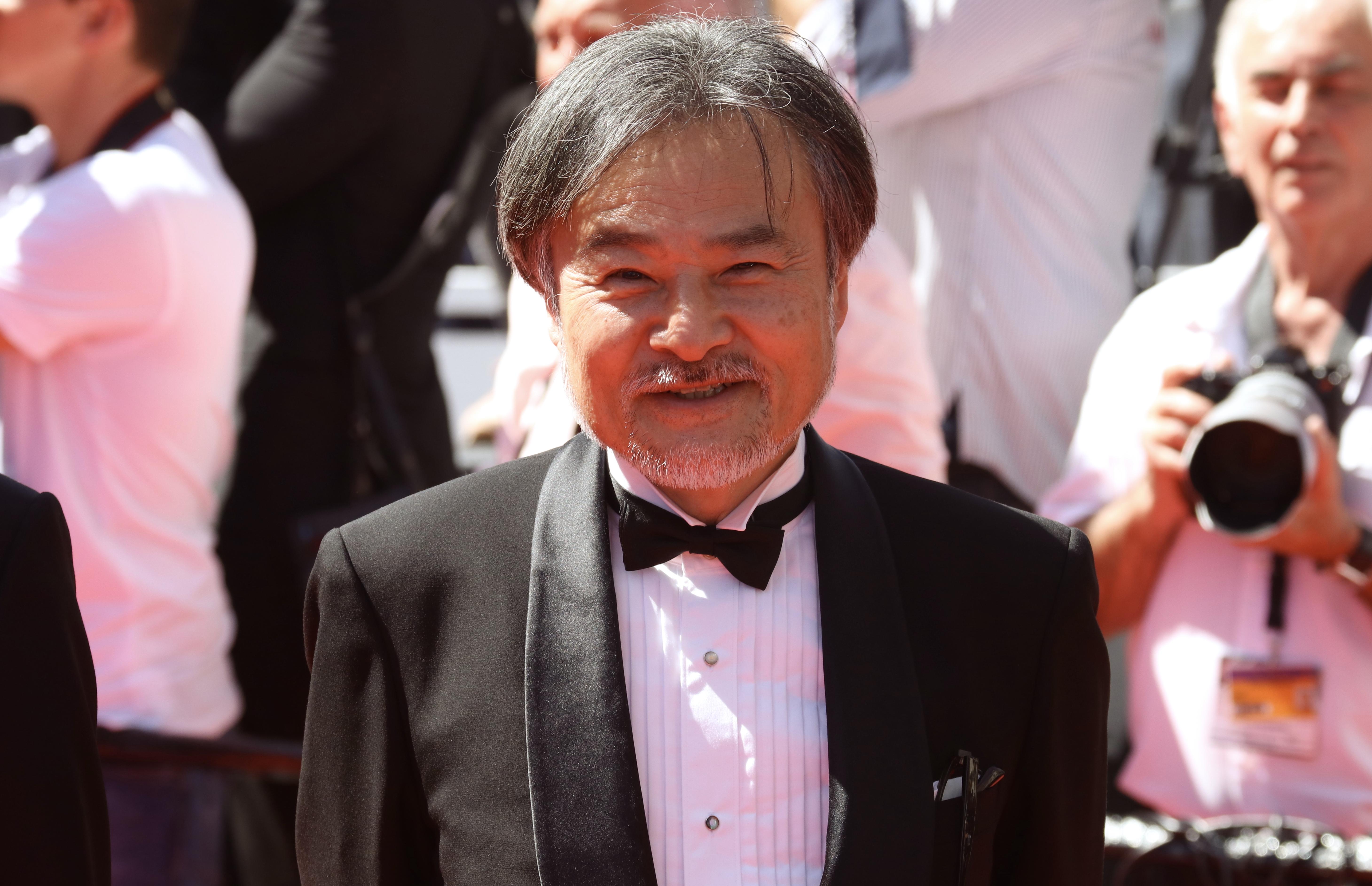 Cannes 2017: Kiyoshi Kurosawa sul red carpet di Before We Vanish