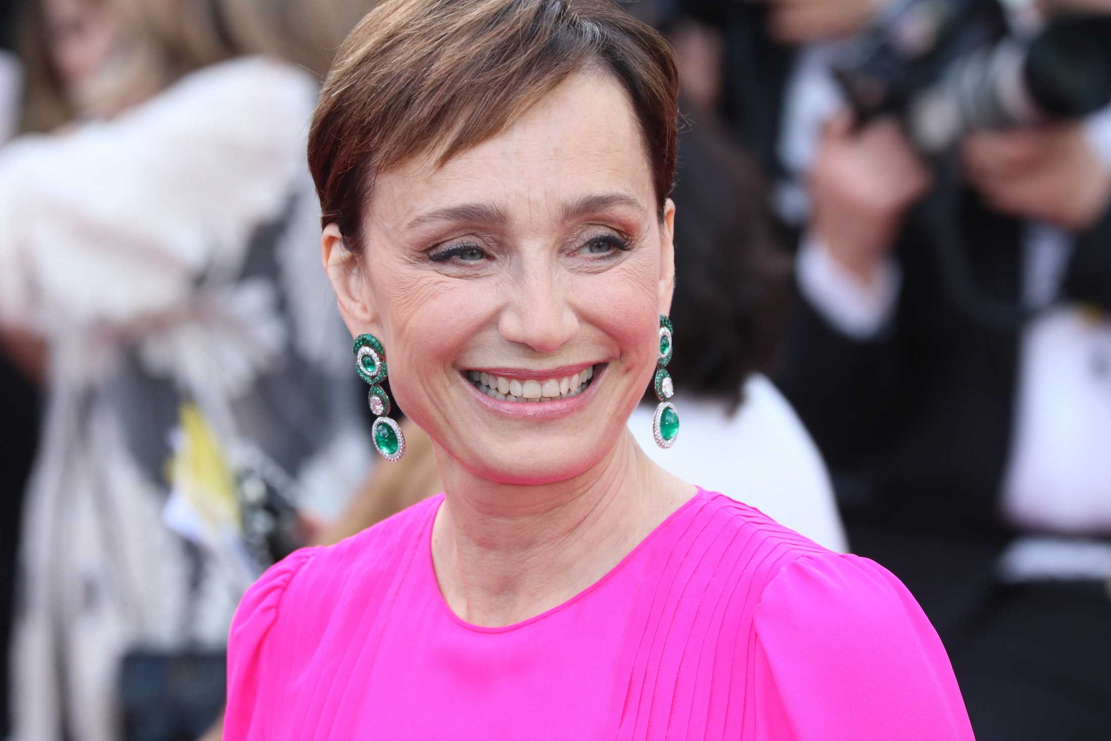 Cannes 2017: Kristin Scott Thomas sul red carpet di The Killing of a Sacred Deer