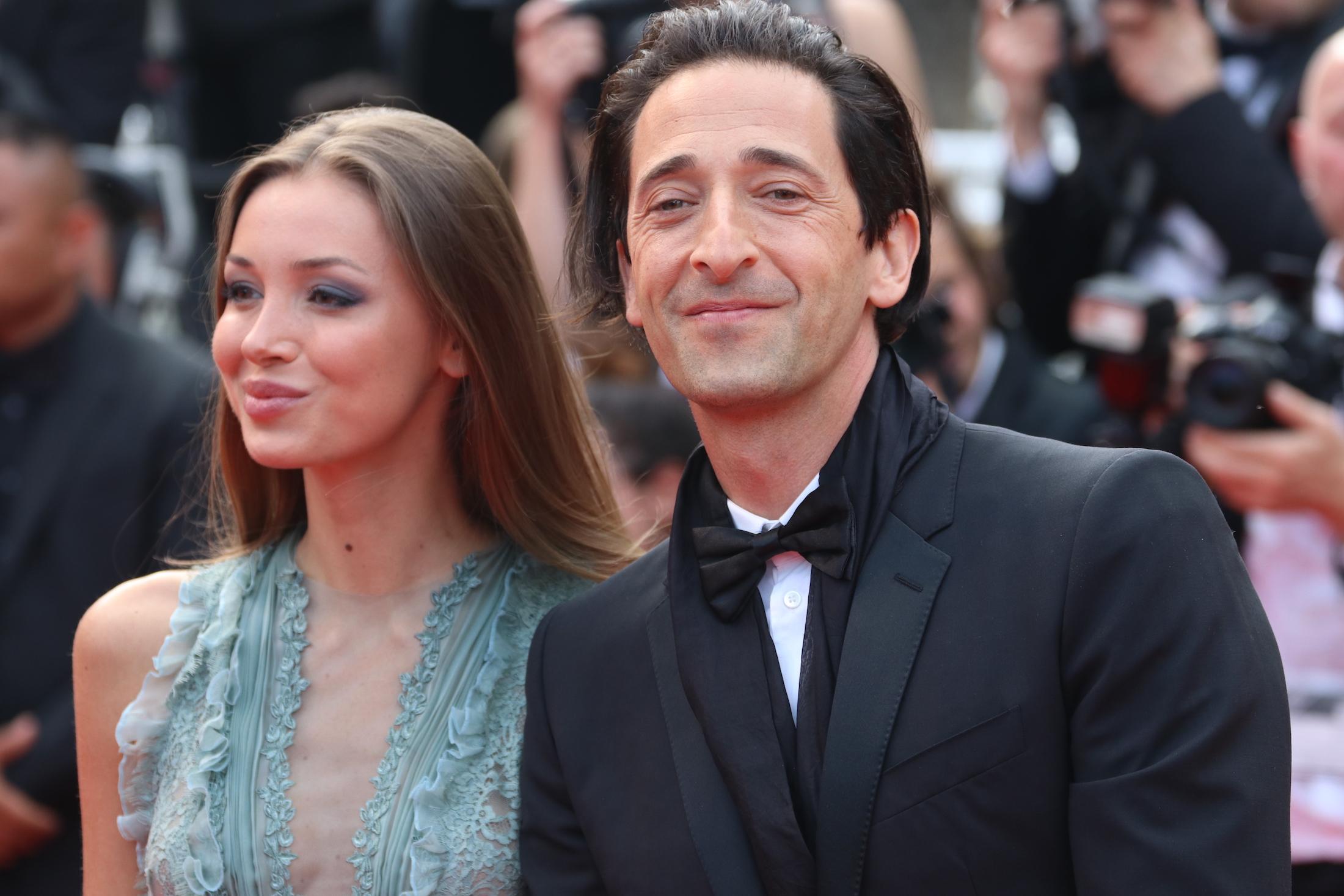 Cannes 2017: Adrien Brody sul red carpet per il settantesimo anno della manifestazione