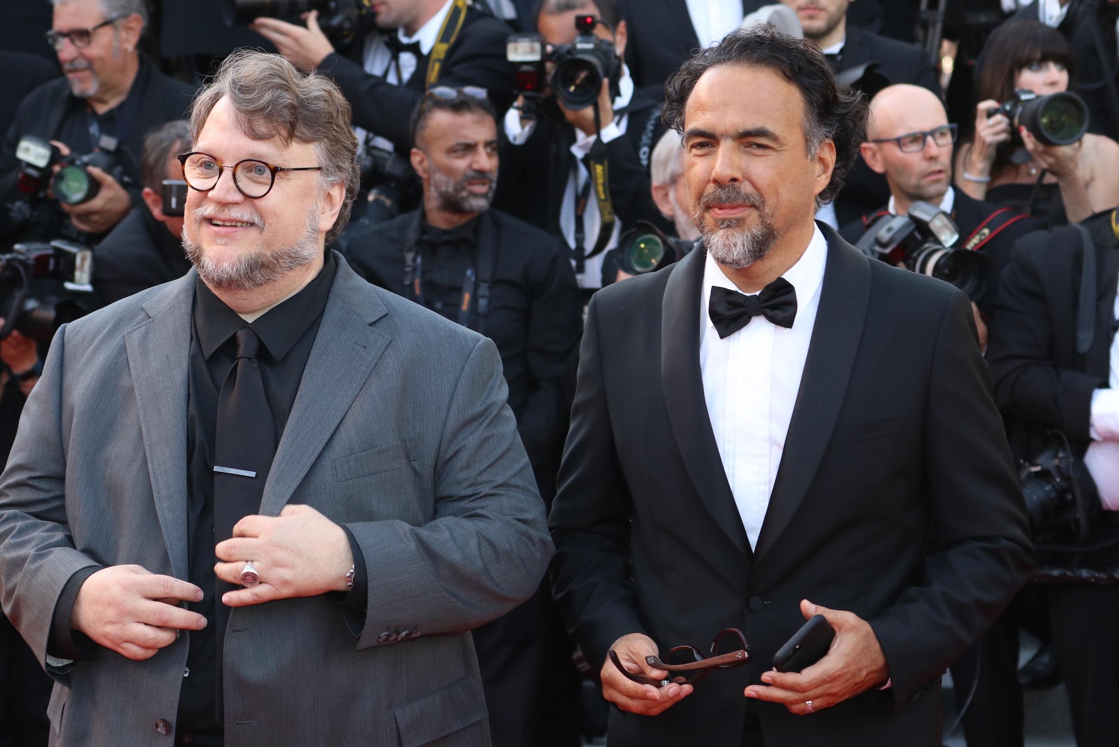 Cannes 2017: Alejandro González Iñárritu e Guillermo Del Toro sul red carpet per il settantesimo anno della manifestazione