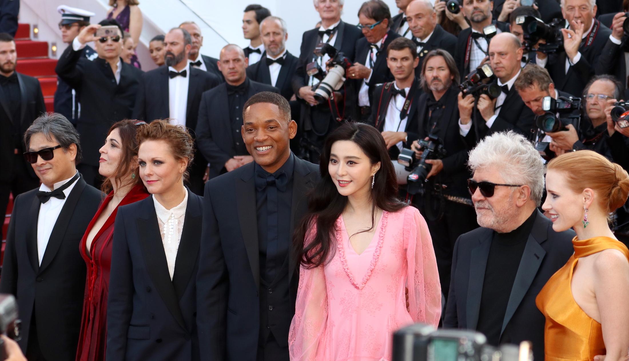 Cannes 2017: la giuria sul red carpet per il settantesimo anno della manifestazione