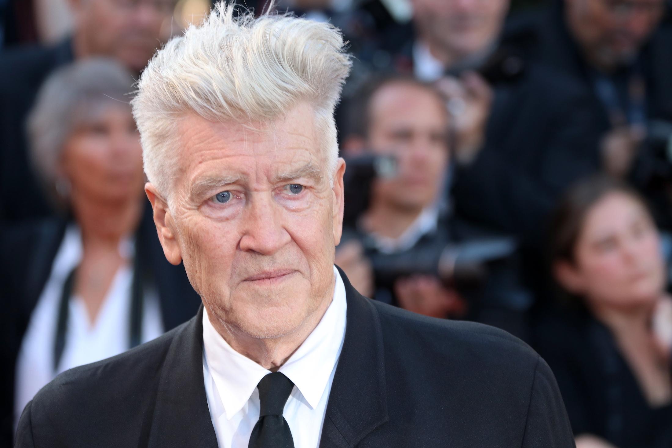 Cannes 2017: uno scatto di David Lynch sul red carpet per il settantesimo anno della manifestazione