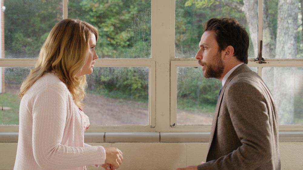 Botte da prof.: Charlie Day e Jillian Bell in una scena del film