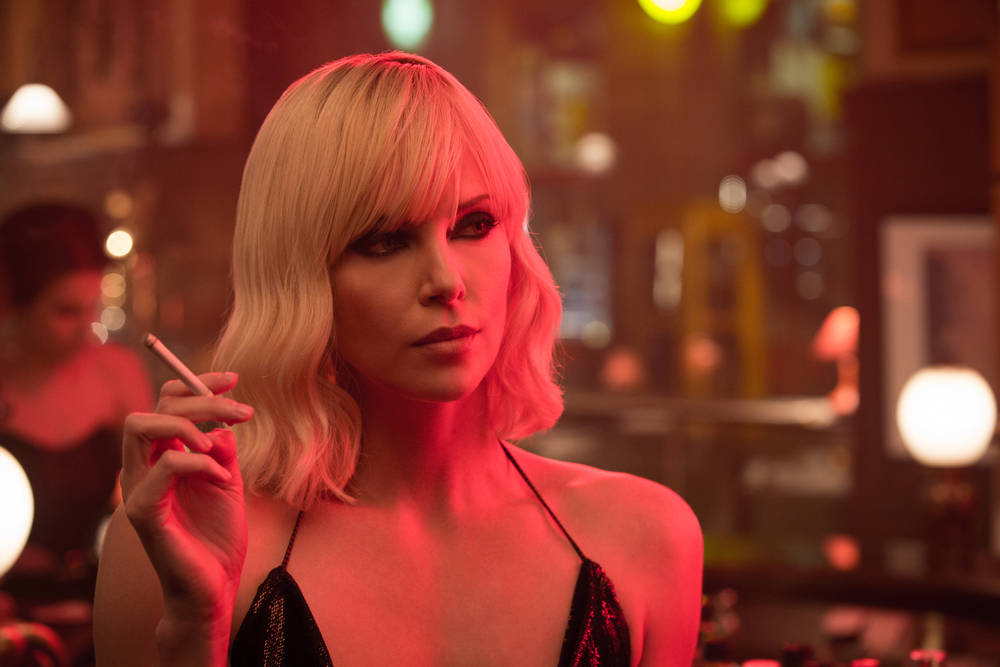 Atomic Blonde: una foto della protagonista Charlize Theron