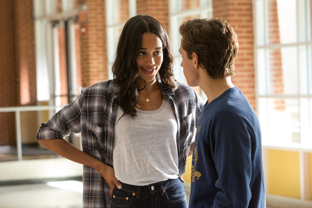 Spider-Man: Homecoming, Tom Holland e Laura Harrier in una scena del film