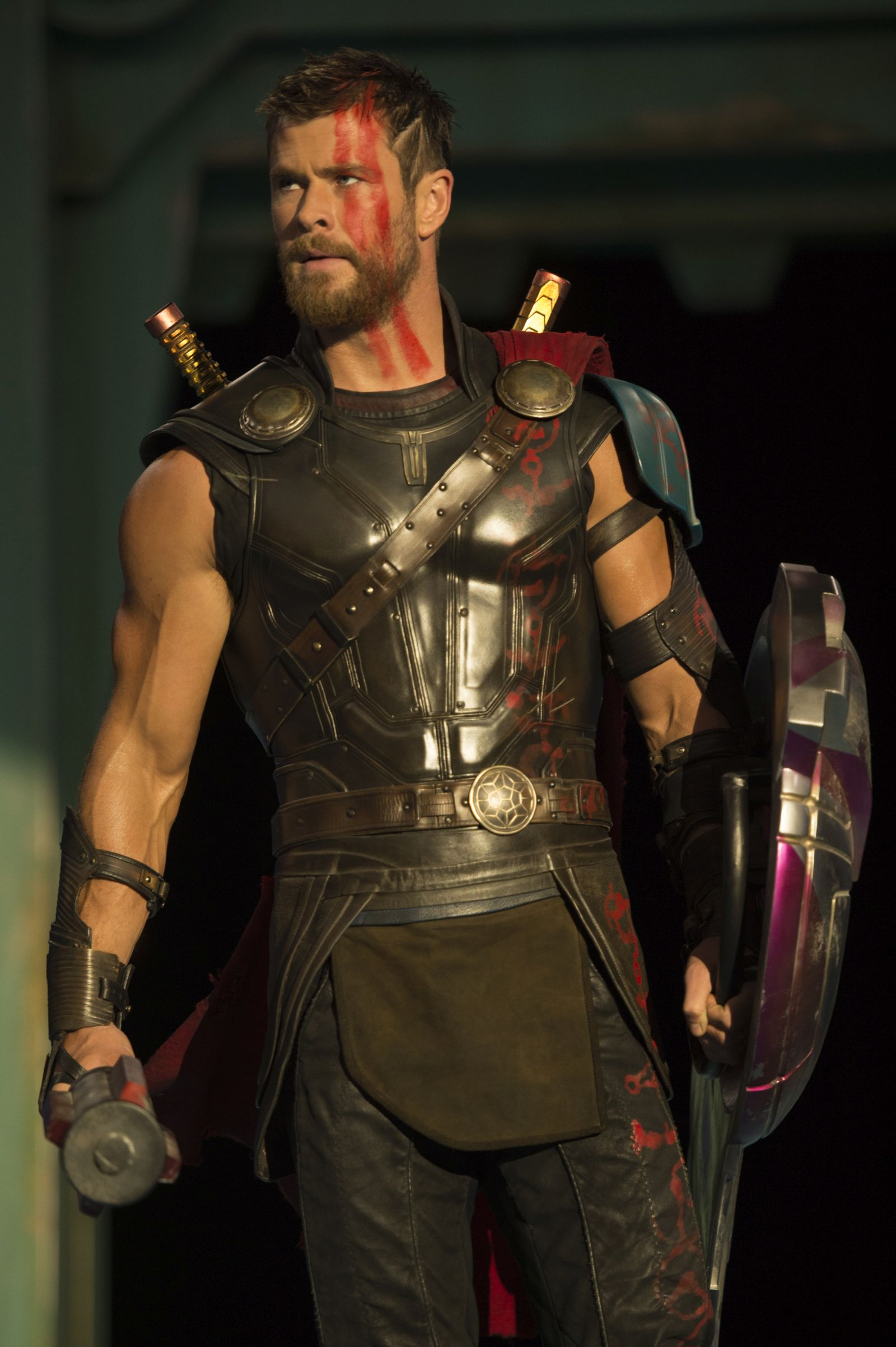 Thor: Ragnarok - Chris Hemsworth in una foto del film