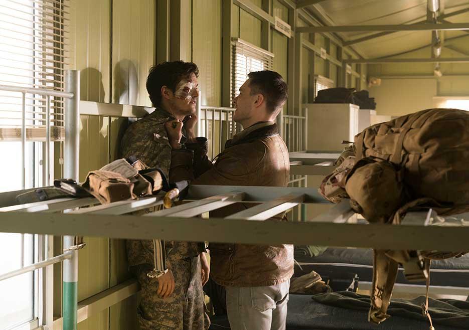 Fear the Walking Dead: un momento di tensione nella premire della terza stagione