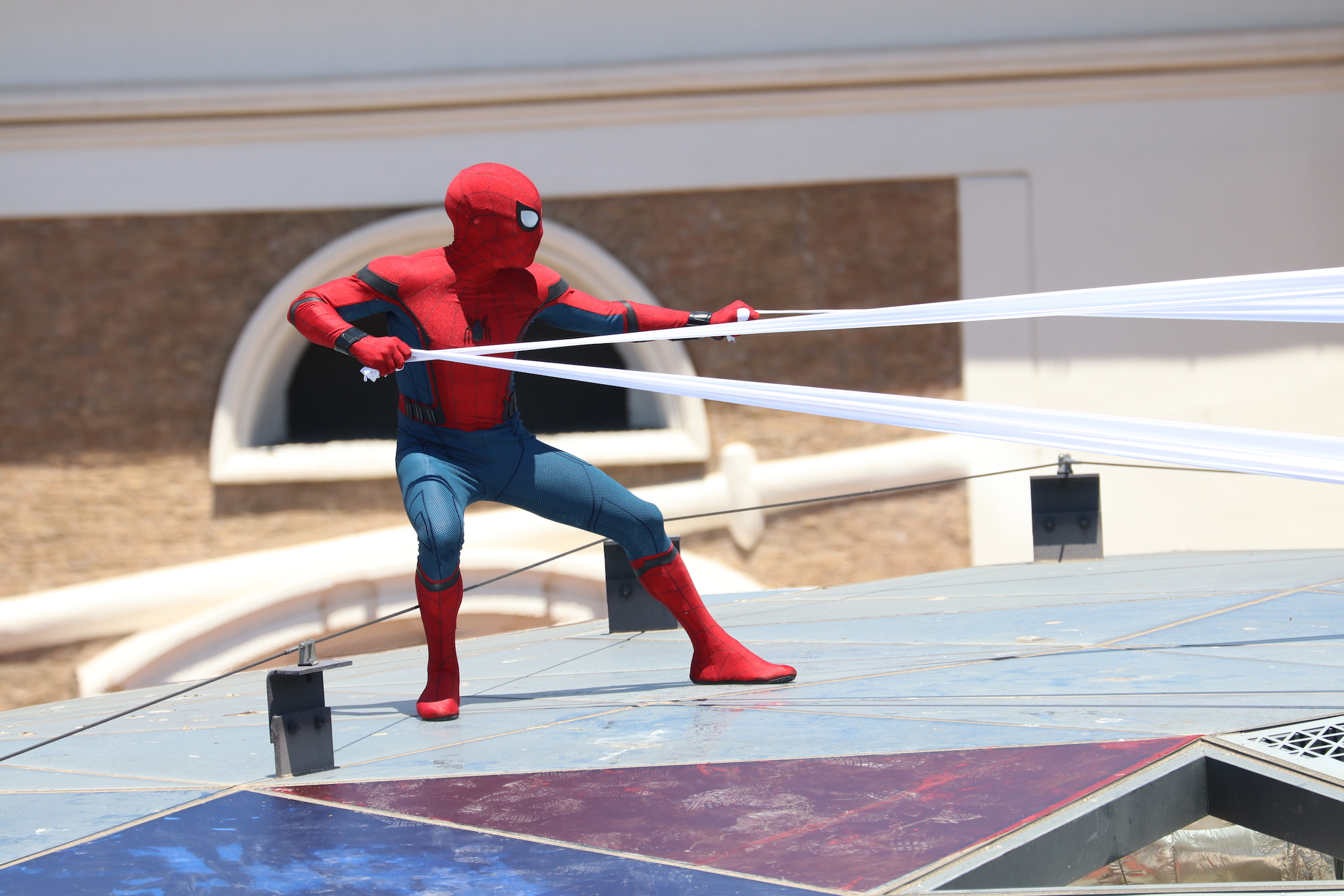 Spider-Man: Homecoming: stuntman si esibisce al photocall